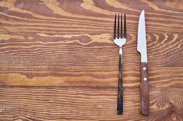 vidlice a nůž