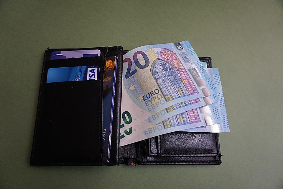 otevřená peněženka